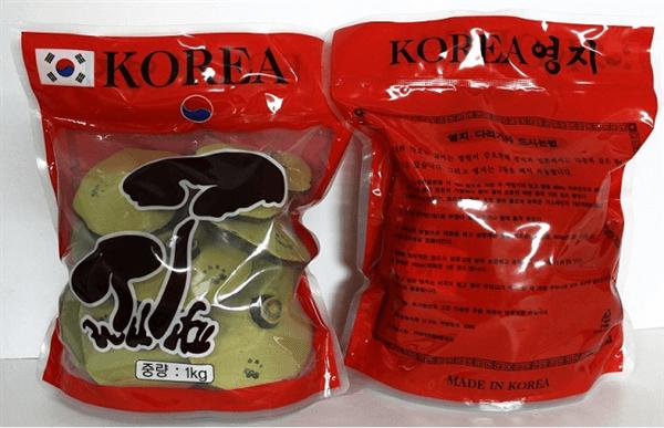 Nấm Linh Chi Hàn Quốc túi đỏ hiện 2 cây nấm